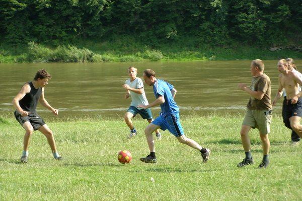 Футбол на Днестре